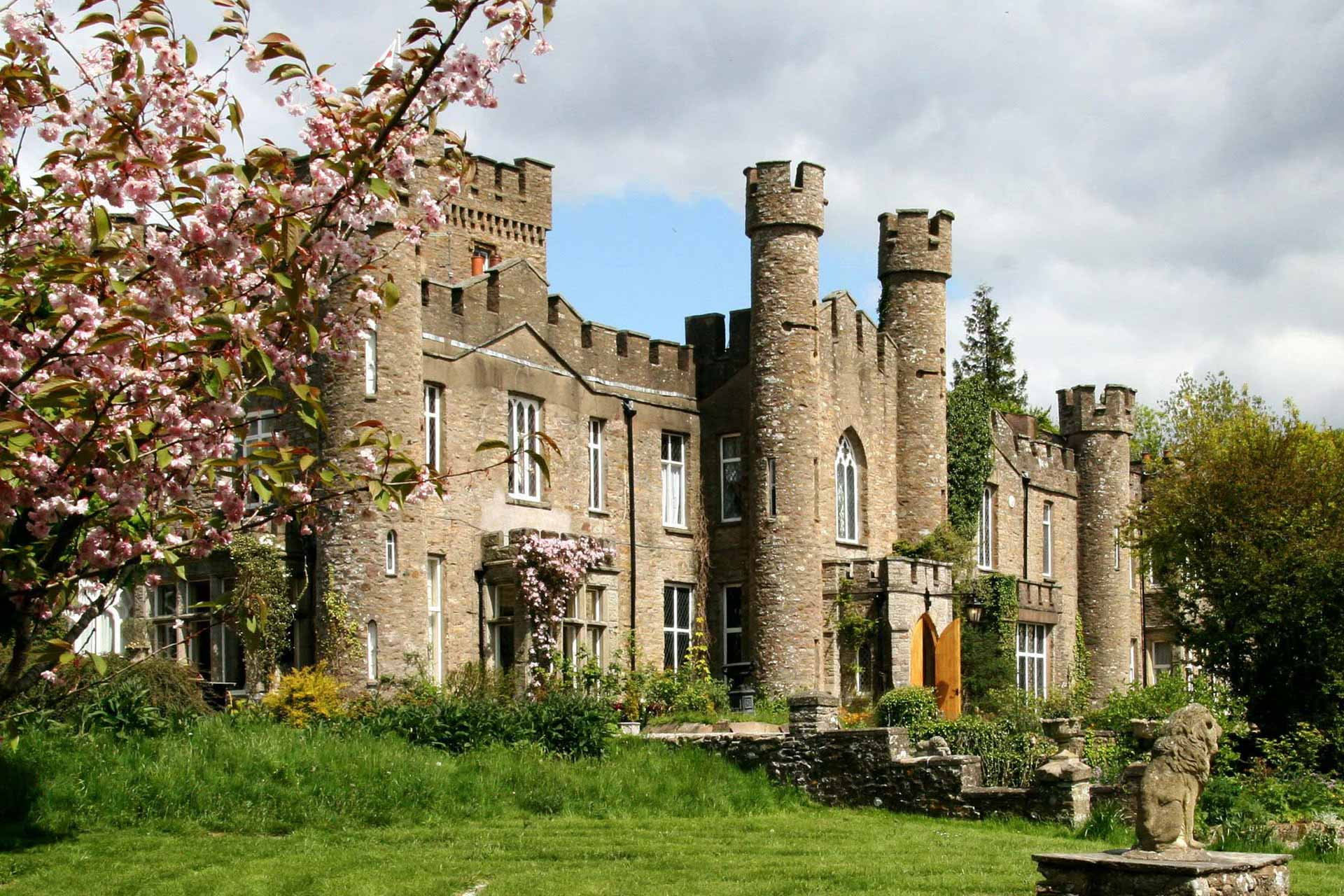 Augill Castle Bed Amp Breakfast Or Self Catering