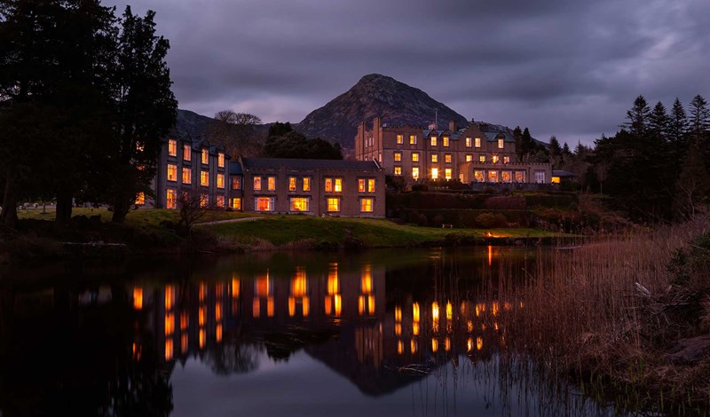 Ballynahinch Castle at night