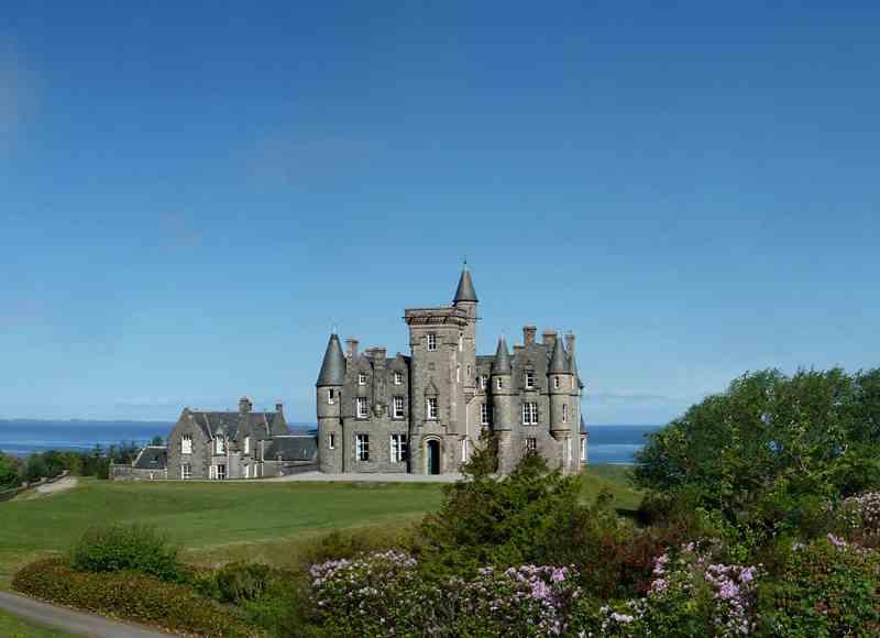 Castle Breaks by the Sea - Glengorm Castle