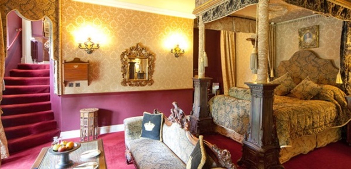 Outstanding A Few Special Rooms In A Few Special Castles Download Free Architecture Designs Rallybritishbridgeorg