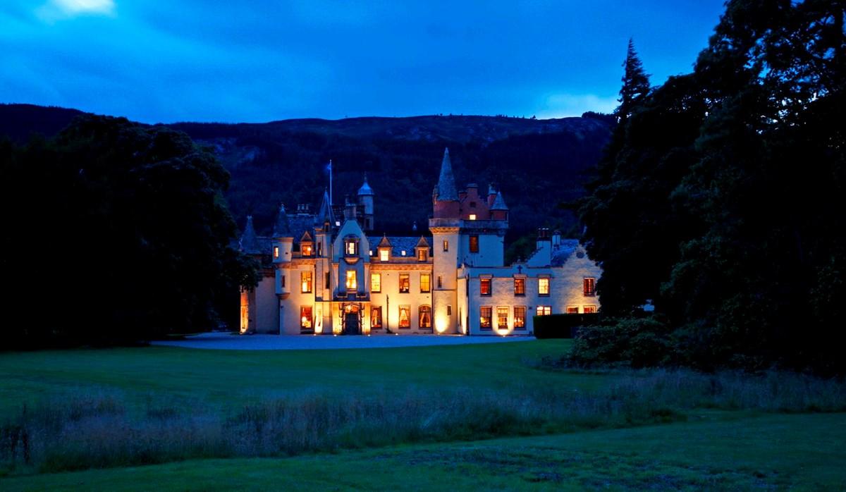 A Highland Fairytale Wedding In Scotland