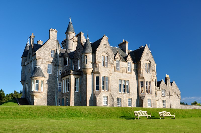 Celtic castles blog unique and unusual short breaks in for Castles to stay in france