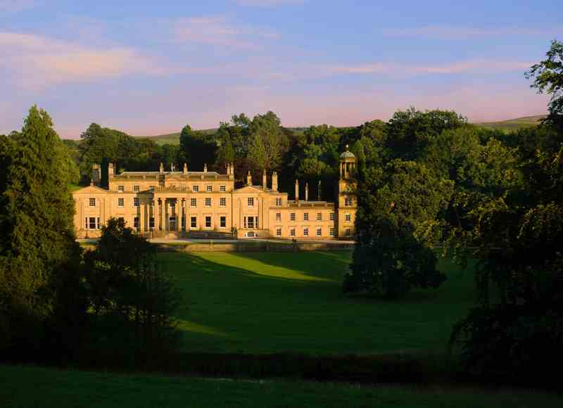 5-Star New Year - Broughton Hall