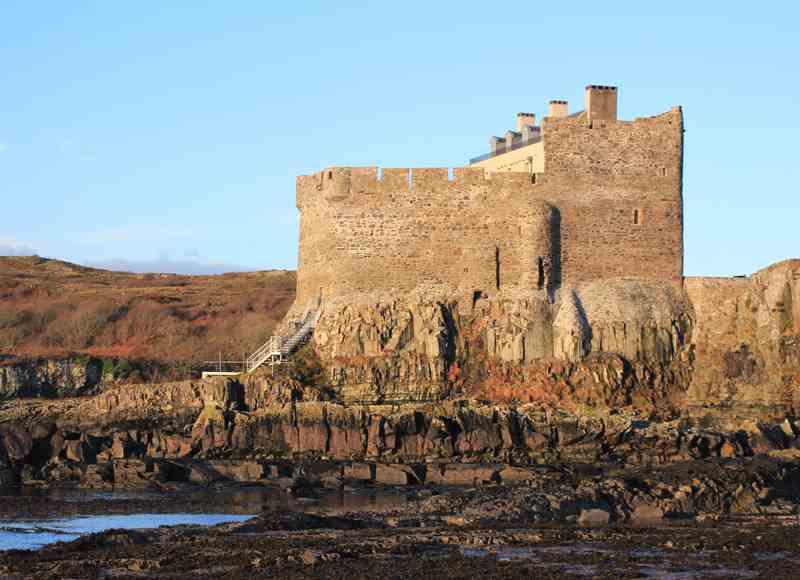 Castle Breaks by the Sea - Mingary Castle