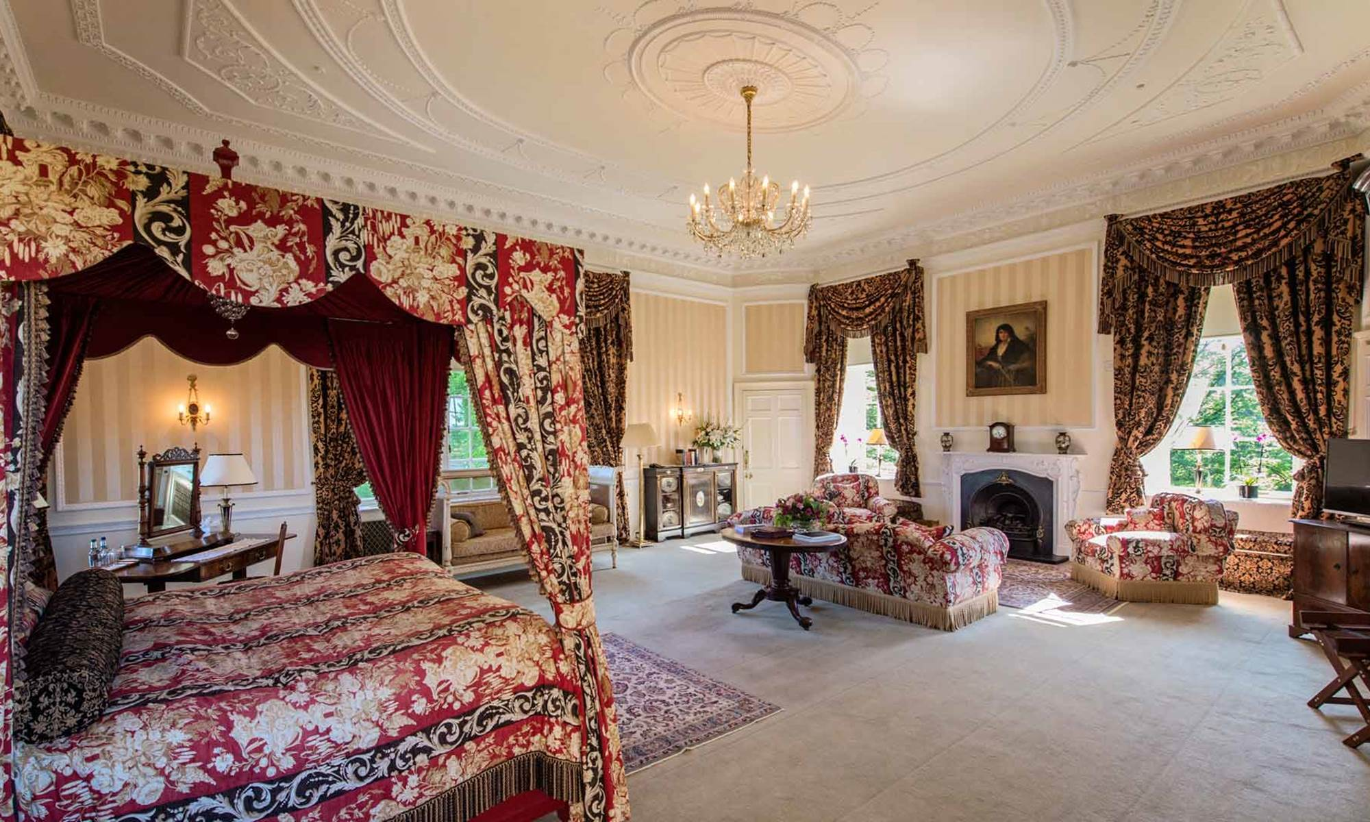 Where Can I Find A Four Poster Bedroom