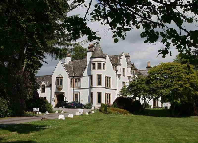 Castle Breaks in the Scottish Highlands - Kincraig Castle