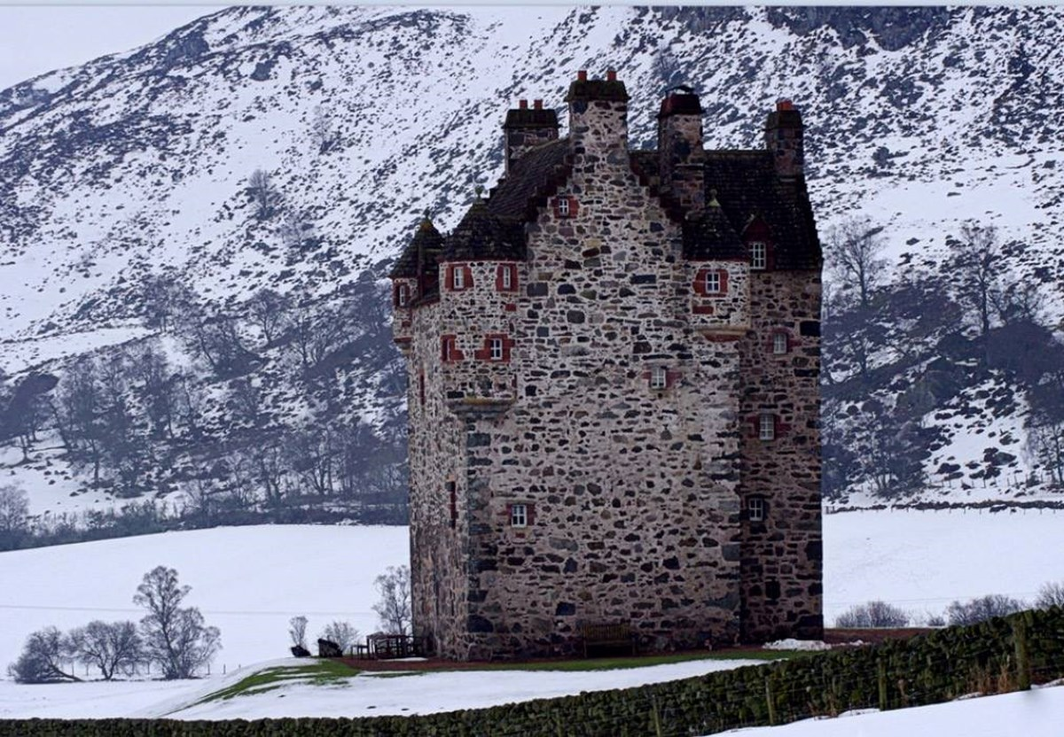 celebrate new year at forter castle 2017
