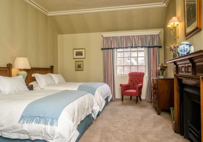 Colonel Andrew's Room 2