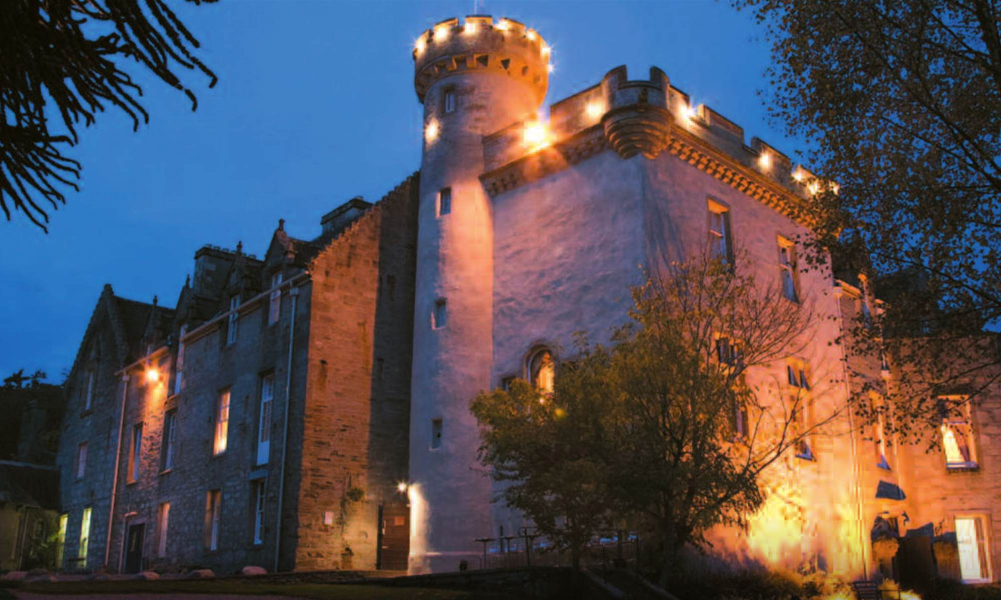The most haunted castle hotels in europe that you can stay in for Stay in a haunted castle in scotland