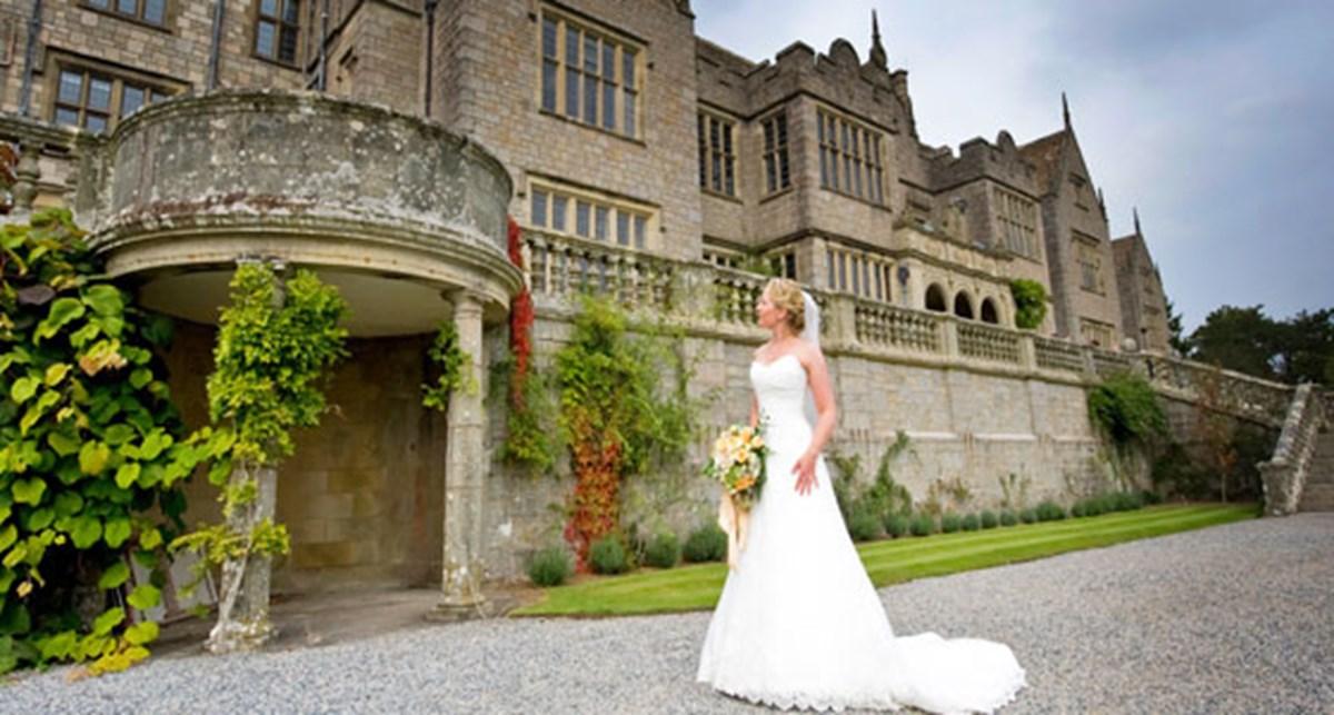 Top 5 small castle wedding venues for Castle wedding venues california