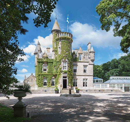 Castles weddings venues and packages for weddings in the for Small chateau