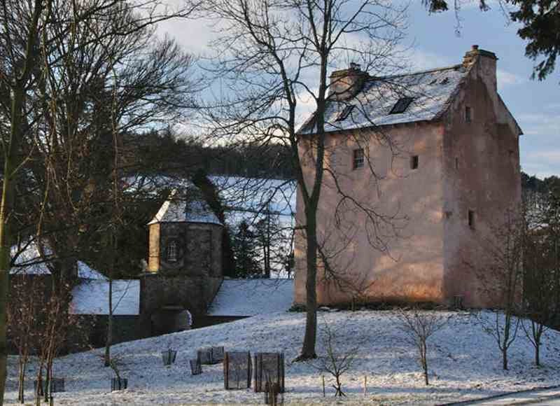 Castles To Rent For Small Groups - Barns Tower